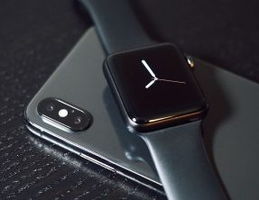 Apple Watch, Samsung Gear and Fitbit Surge Comparison