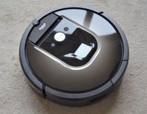 Automatisoitua siivousta – Testiss iRobot Roomba 880